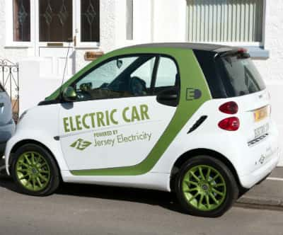 Who Drives An Electric Car?