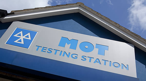 UK cheap MoT vs most expensive
