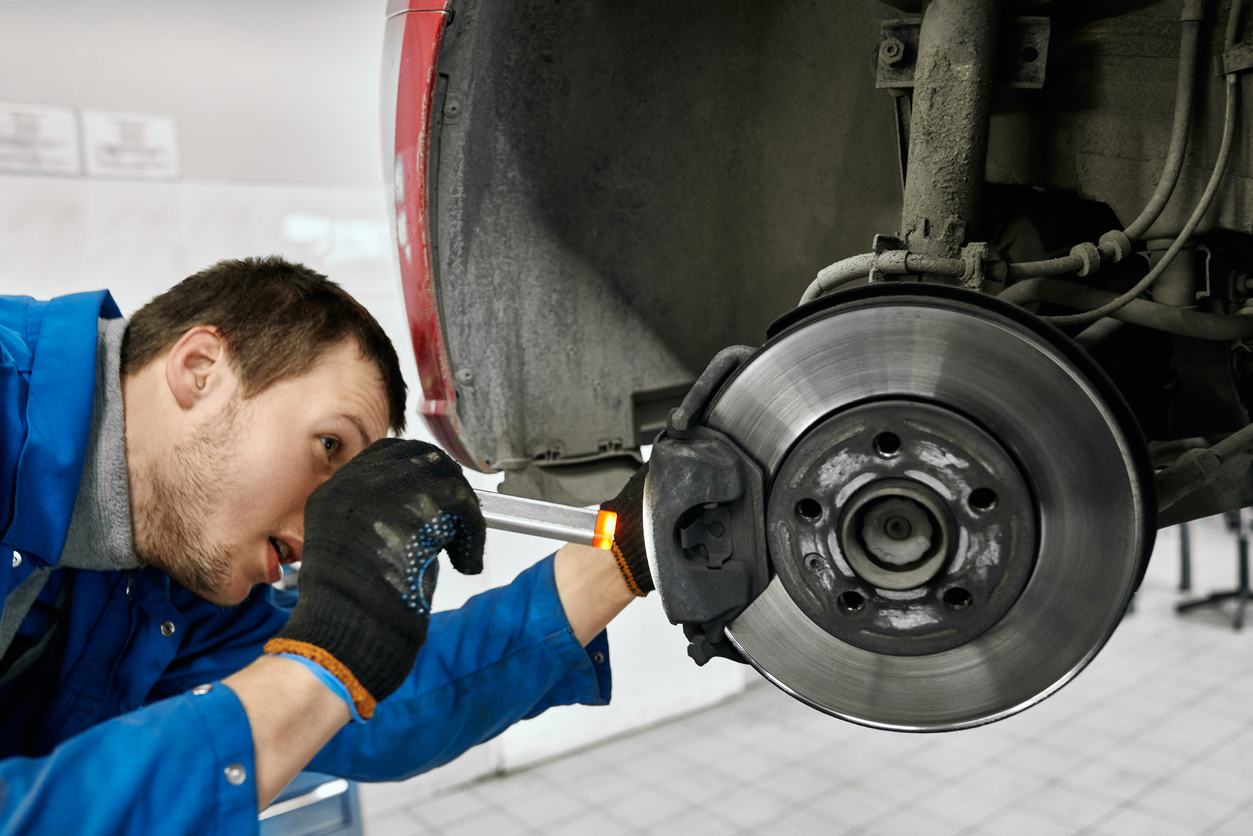 How to Replace Brake Discs