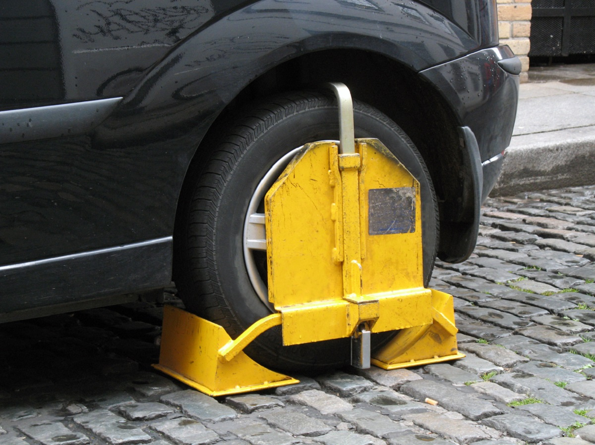 What to Do If Your Car Is Clamped and How to Get It Released