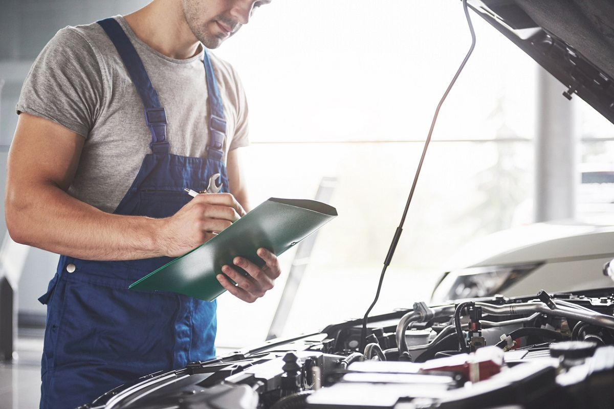 What Does the MOT Check? The Ultimate MOT Checklist