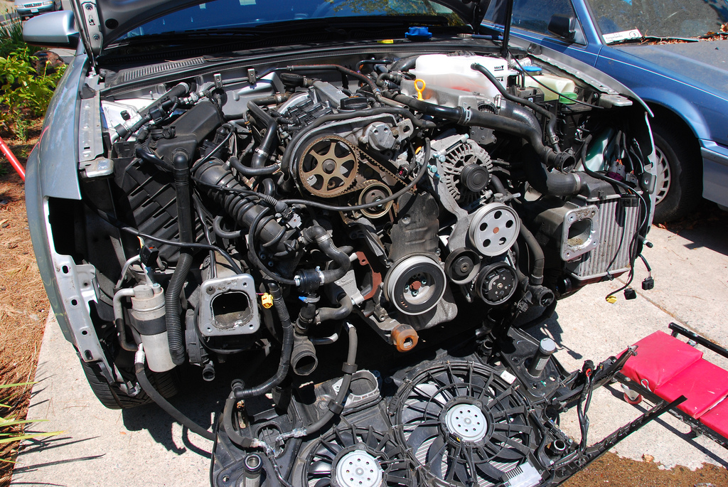 What Is A Car Serpentine Belt?