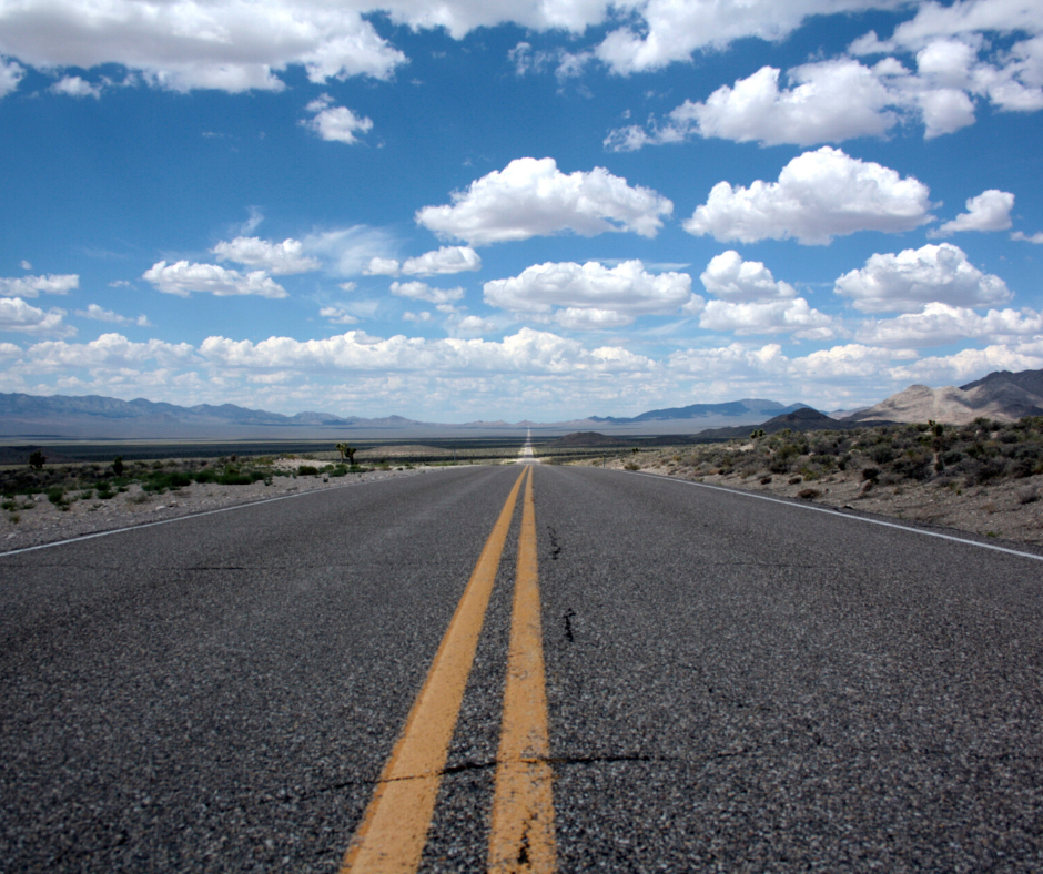 ​ Top Tips for Long Distance Driving: Summer Driving Advice