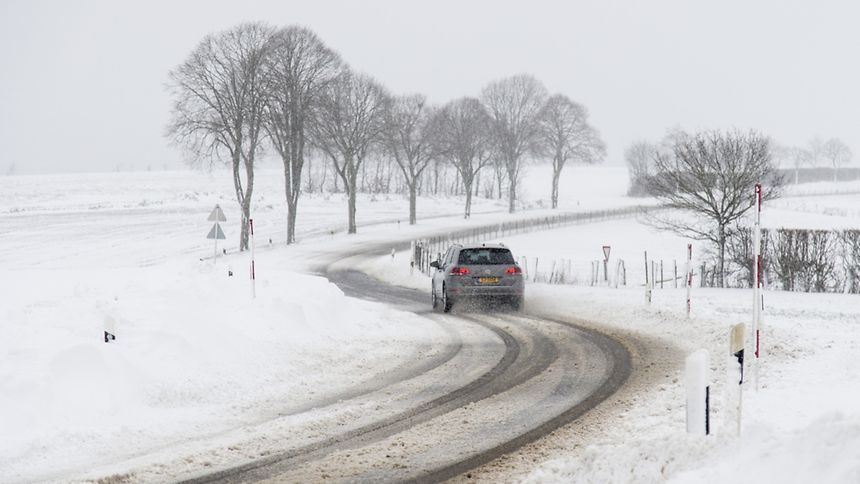 The Ultimate Guide to Safe Driving In Winter